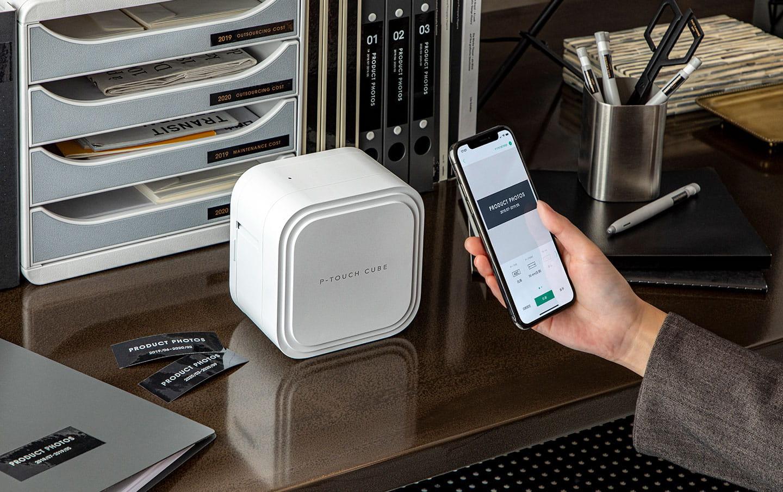 P-touch CUBE Pro (PT-P910BT) uppladdningsbar märkmaskin med Bluetooth 5