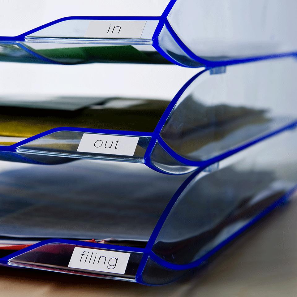 Brother original DK22214, etiketter på fortlöpande rulle, svart på vit, 12 mm  2