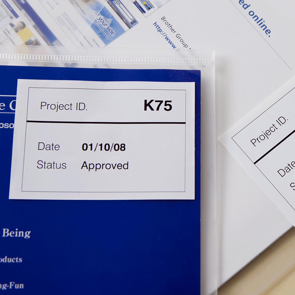 Brother DK-44205 original papperstape, borttagbar – svart på vit, 62 mm 2
