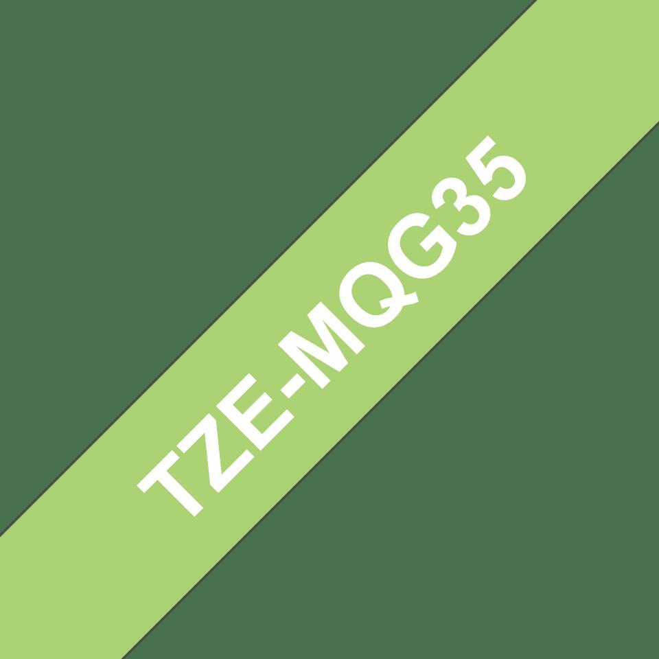 Brother TZeMQG35 original etikettape, vit på limegrön, 12 mm  3